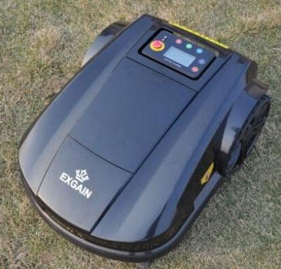 robot græsslåmaskine